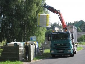 Ramassage des déchets recyclabes à Sainte Colombe de Peyre.